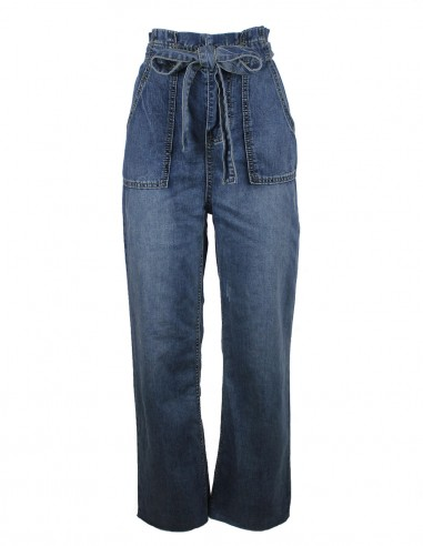 High-waisted flare jeans with belt