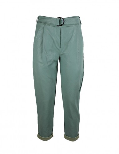 Pantaloni cropped in ecopelle con...